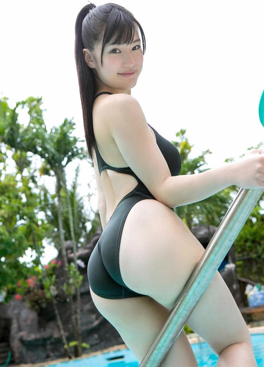 高崎聖子(高崎しょう子)の競泳水着グラビア