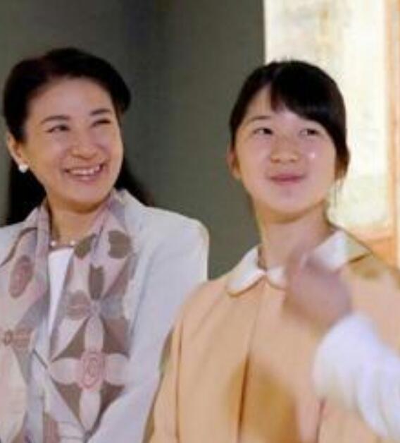 「世界遺産 ポンペイの壁画展」を鑑賞された雅子さまと愛子さま