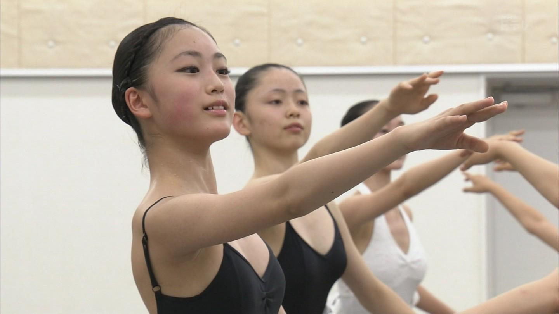 NHK・Eテレ、レオタードでバレエをするJC