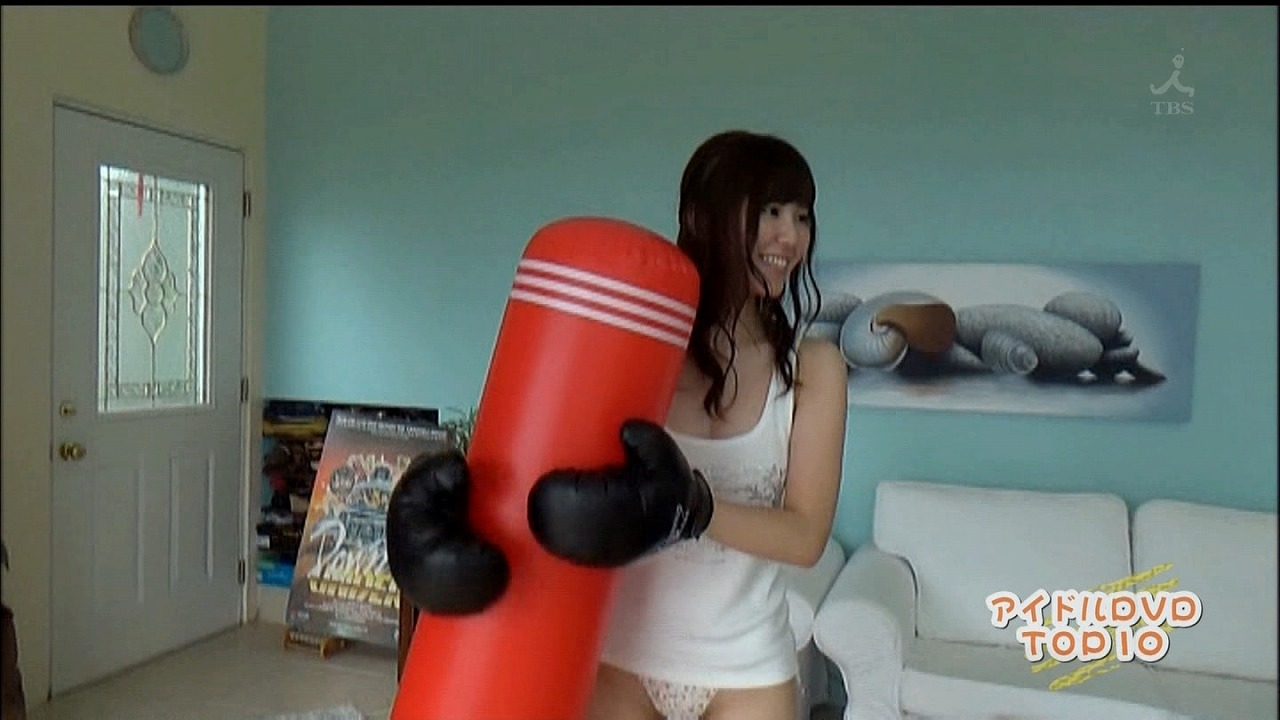 金子栞のイメージビデオDVD「happy smile」キャプチャ画像