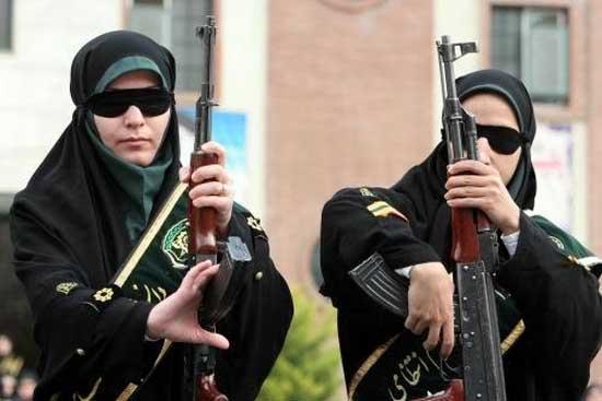 イスラム国の女性兵士