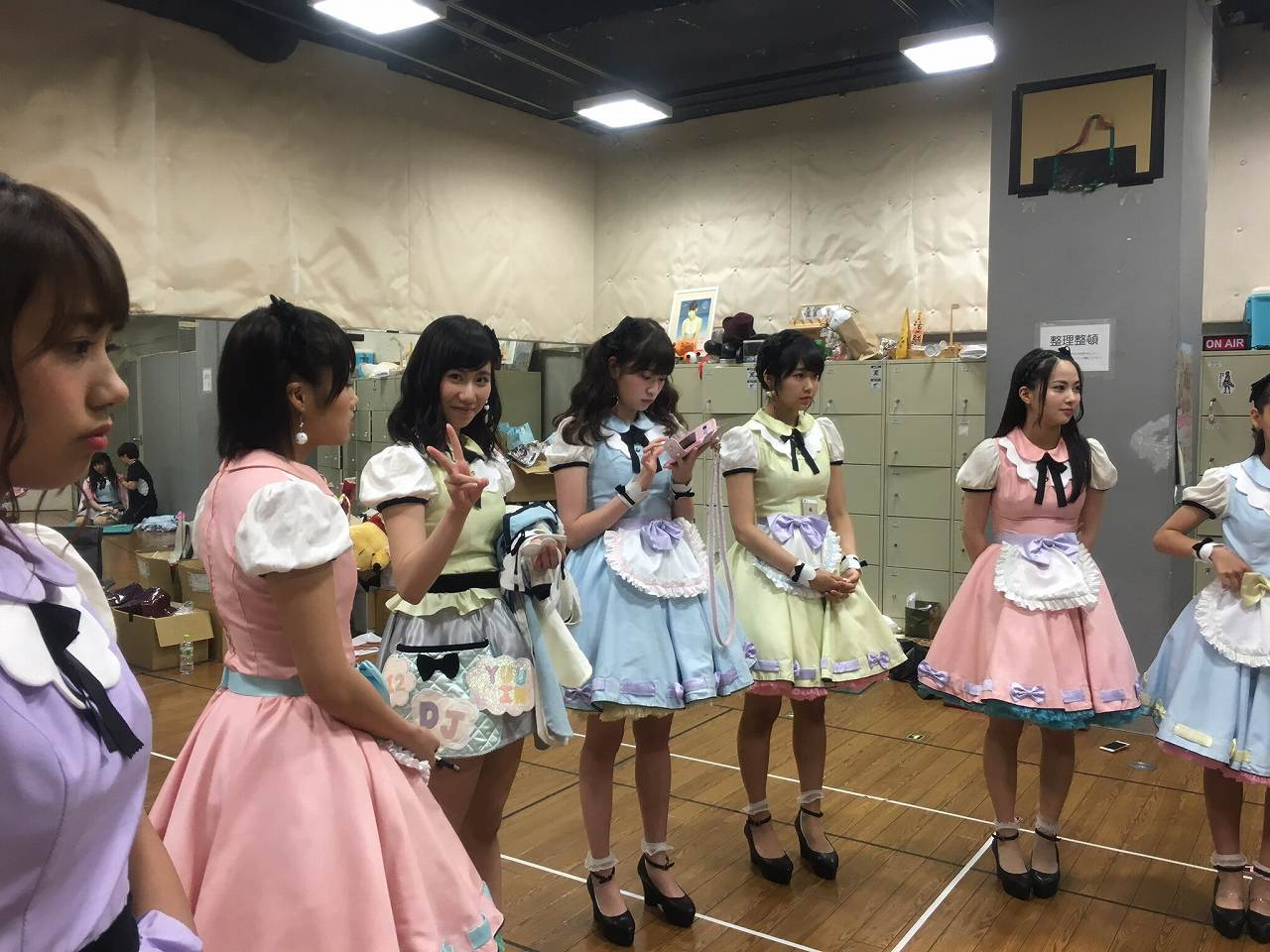 NMB48・山尾梨奈の着衣巨乳