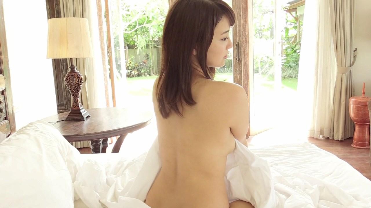平嶋夏海のイメージビデオ「甘夏」キャプチャ画像