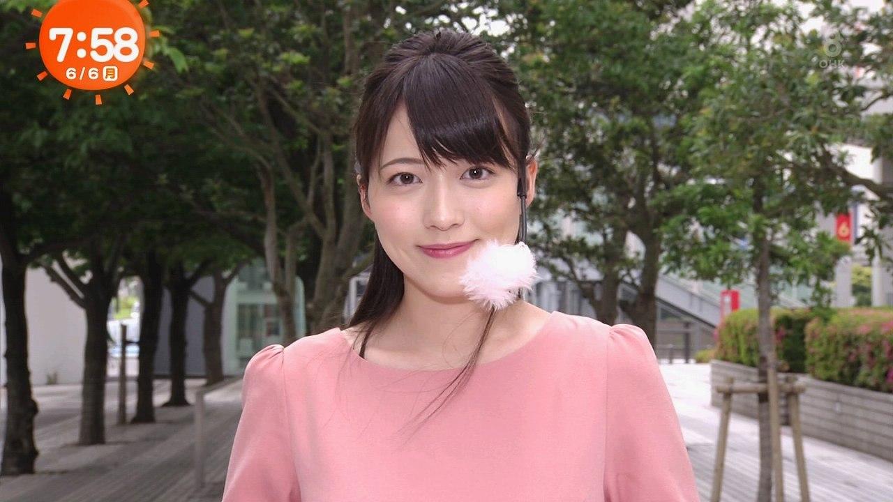 フジテレビ「めざましテレビ」でお天気を伝える阿部華也子