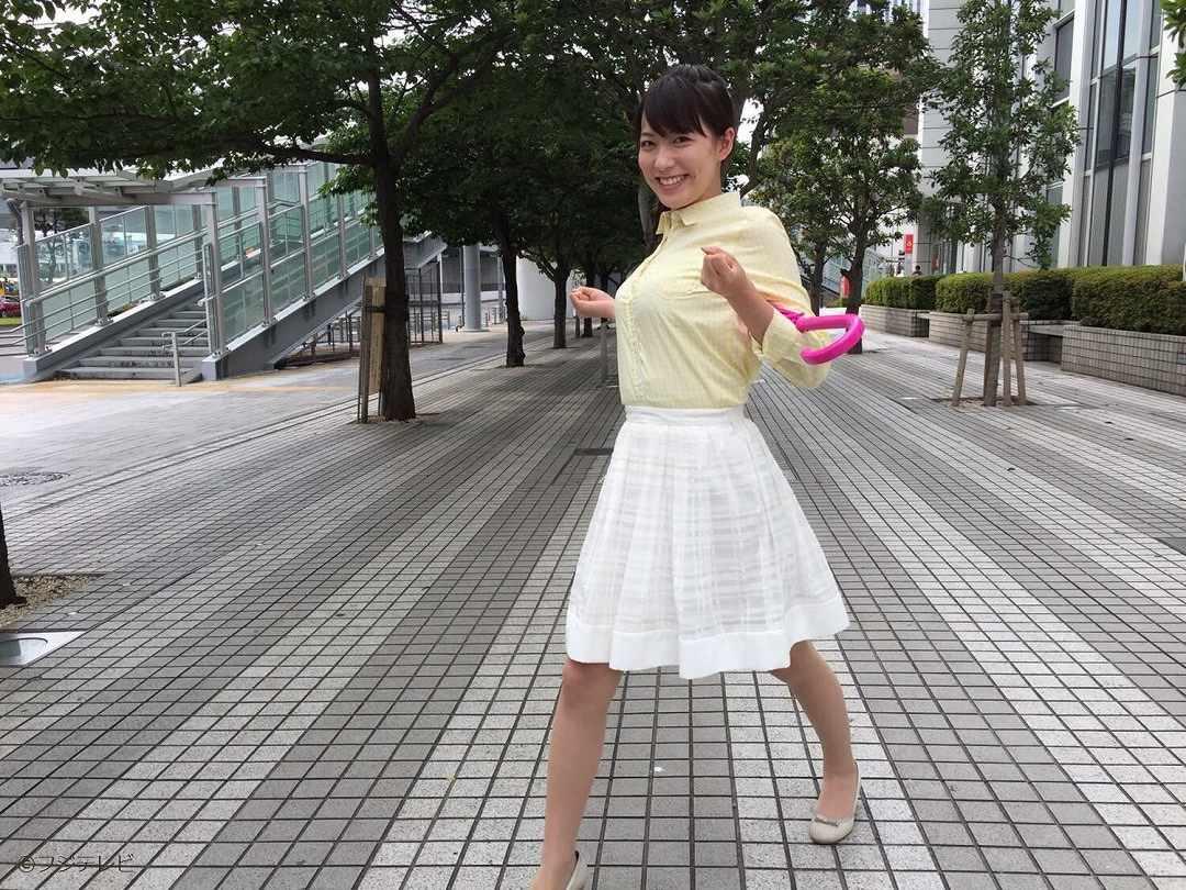 フジテレビ「めざましテレビ」のお天気お姉さん・阿部華也子の着衣巨乳