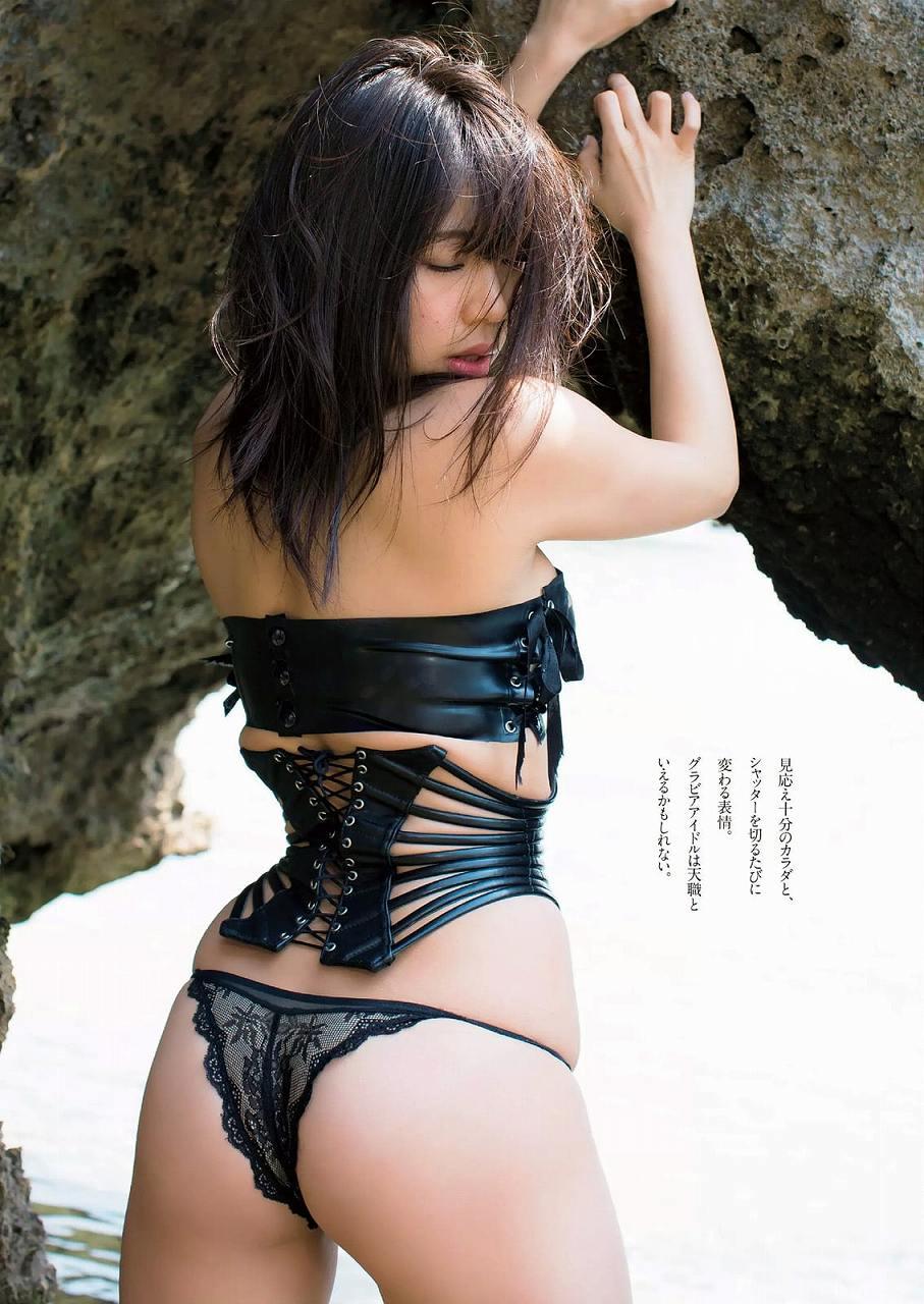 「週刊プレイボーイ 2016 No.23」鈴木ふみ奈の変態下着グラビア