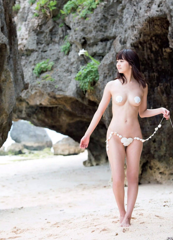 「週刊FLASH(フラッシュ) 2016年7月26日号(1385号)」浜田翔子の極小貝殻ビキニグラビア