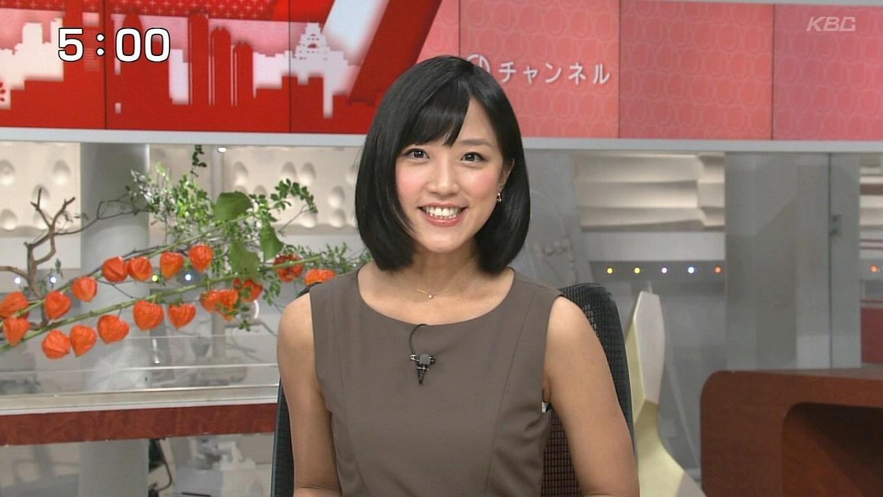 テレ朝「スーパーJチャンネル」でノースリーブのワンピースを着た竹内由恵