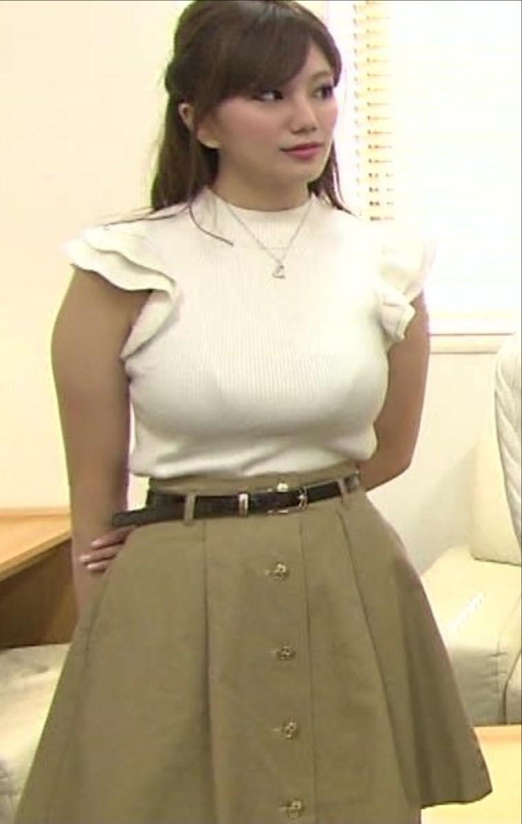ミス近大(ミス近畿大学)の伊東紗冶子のニット着衣巨乳