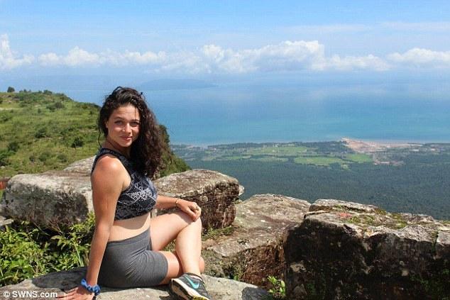 タイでレイプされたアメリカ人女教師の着衣巨乳