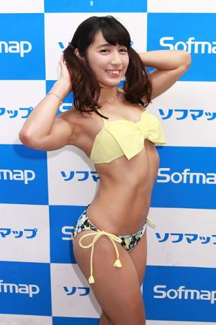 BD&DVD「マッスルエンジェル」の発売記念イベントでソフマップに登場した才木玲佳