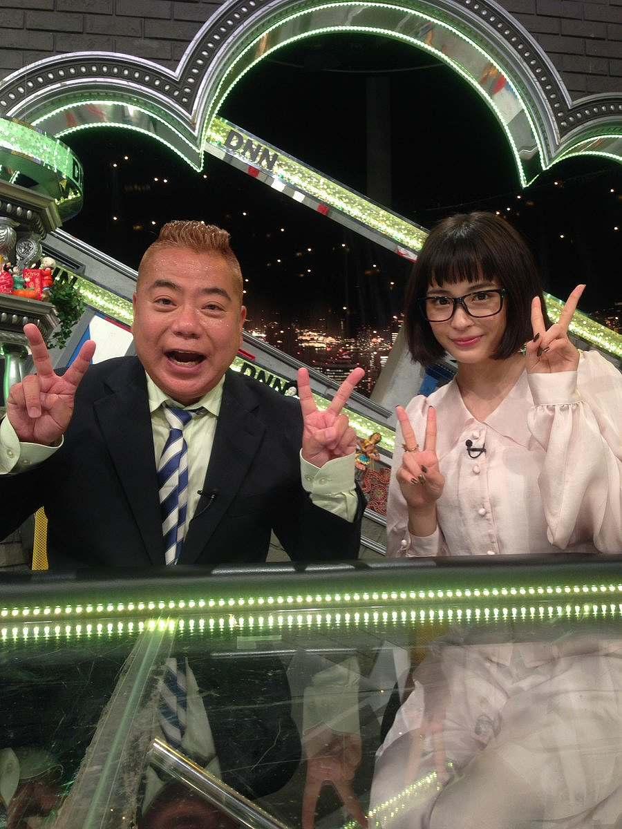 「全力!脱力タイムズSP」で共演した出川哲朗と広瀬すずのツーショット