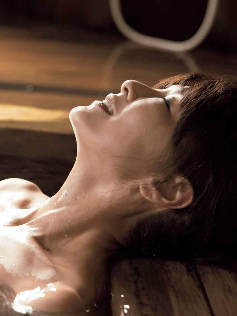 「週刊ポスト 2015年 12/4 号」山田佳子の入浴グラビア