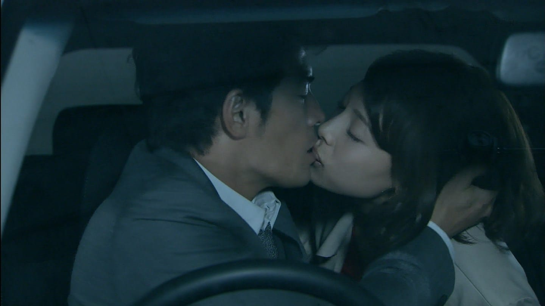 ドラマ「僕のヤバイ妻」第1話、相武紗季と伊藤英明のキスシーン