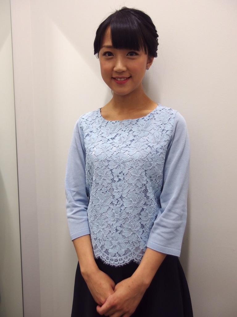 竹内由恵アナの着衣おっぱい