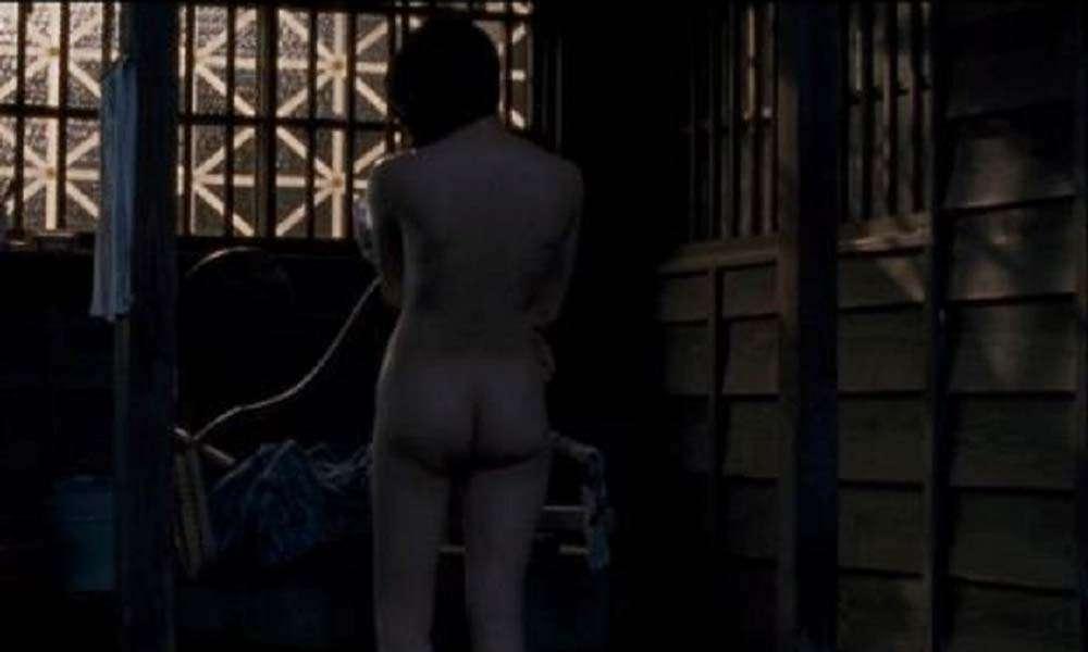 映画「私の男」、二階堂ふみのヌードお尻