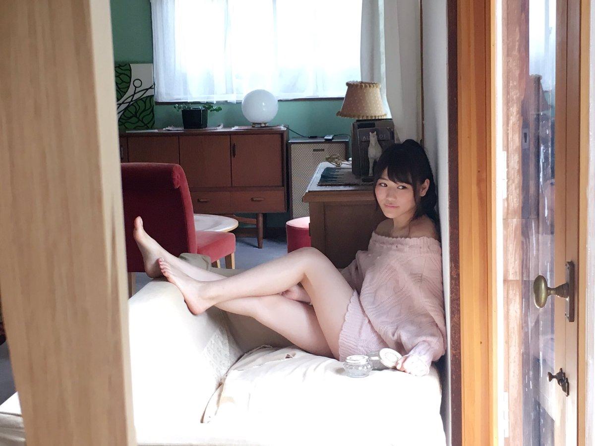 AKB48・西野未姫の水着グラビア撮影オフショット