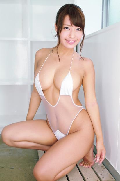 橋本梨菜の変態水着グラビア