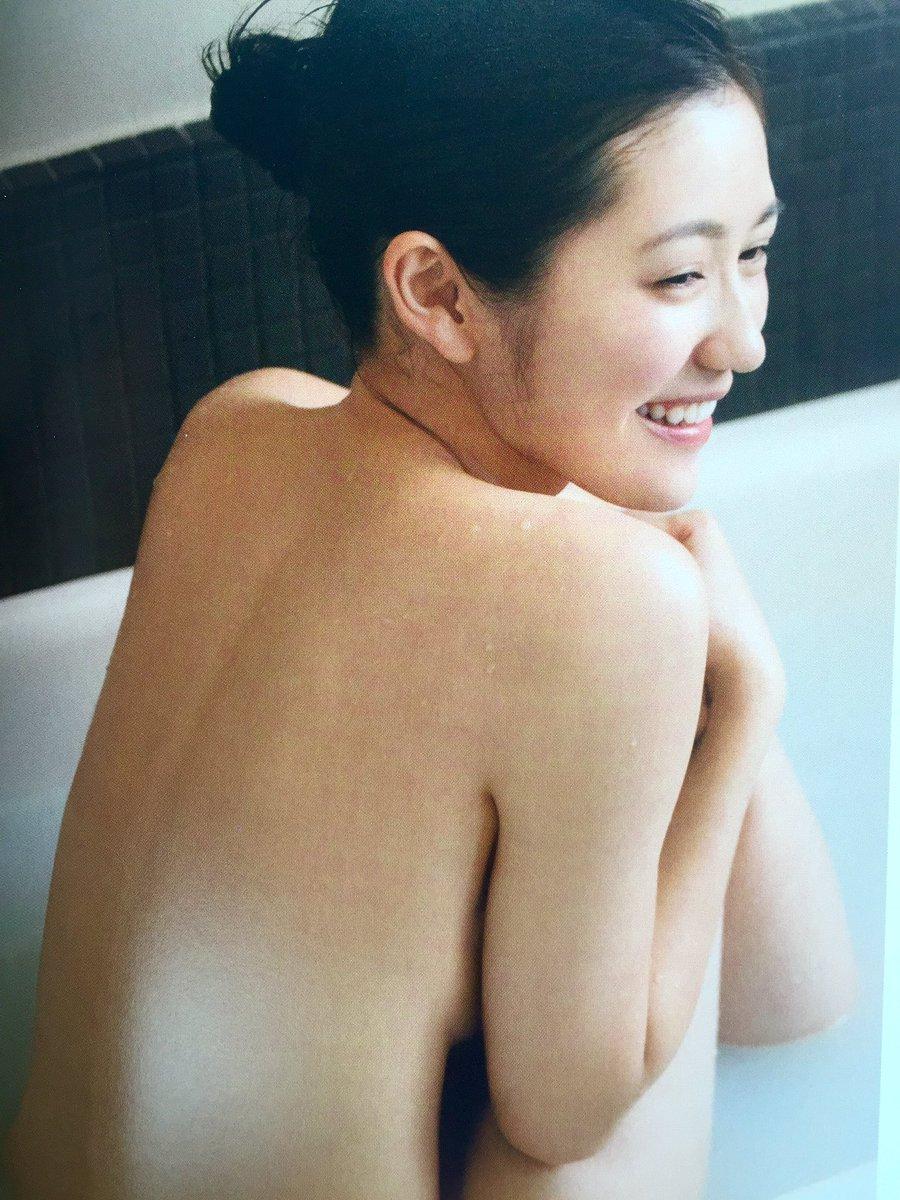 渡辺麻友の写真集「知らないうちに」画像(全裸入浴してる渡辺麻友)