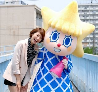 長澤まさみとソラカラちゃんのツーショット
