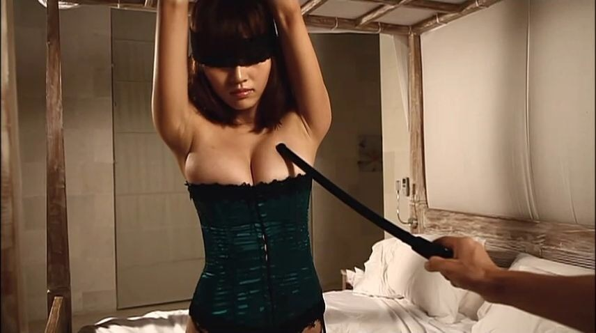 伊藤しほ乃のイメージビデオキャプチャ画像