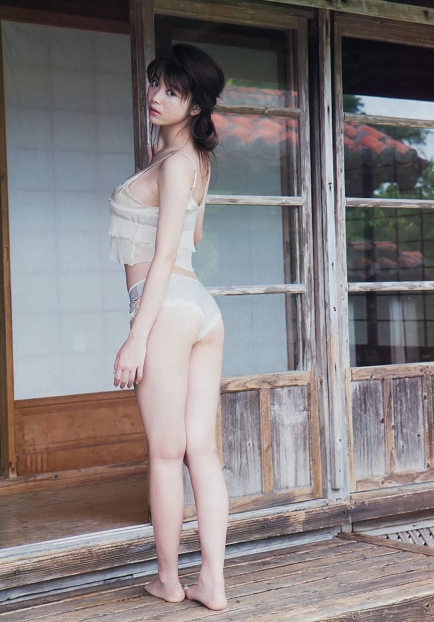 「週刊ビッグコミックスピリッツ 2016年 46号」馬場ふみかの下着グラビア