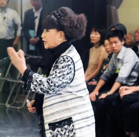 葬儀における黒柳徹子さん
