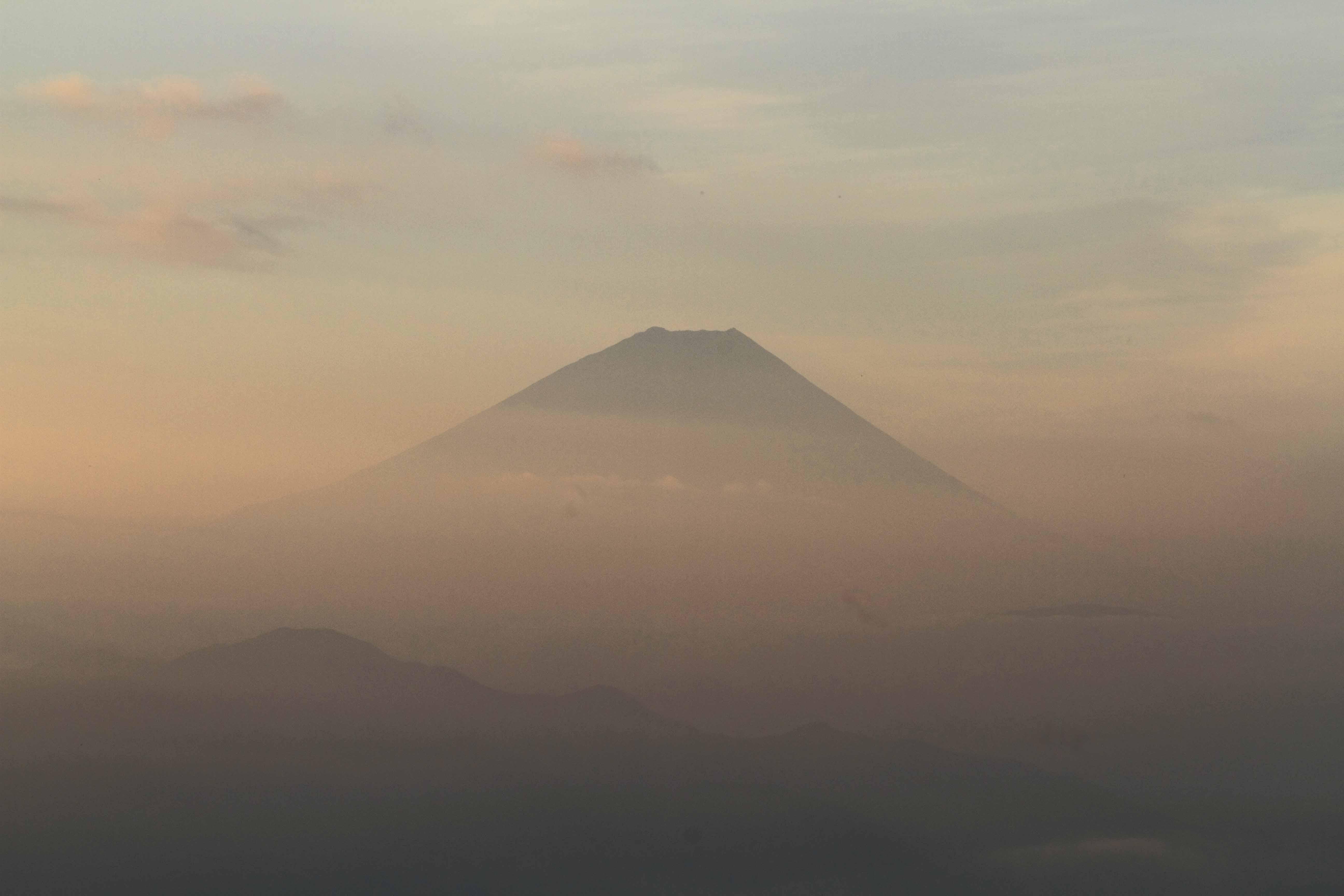 見晴平朝富士3