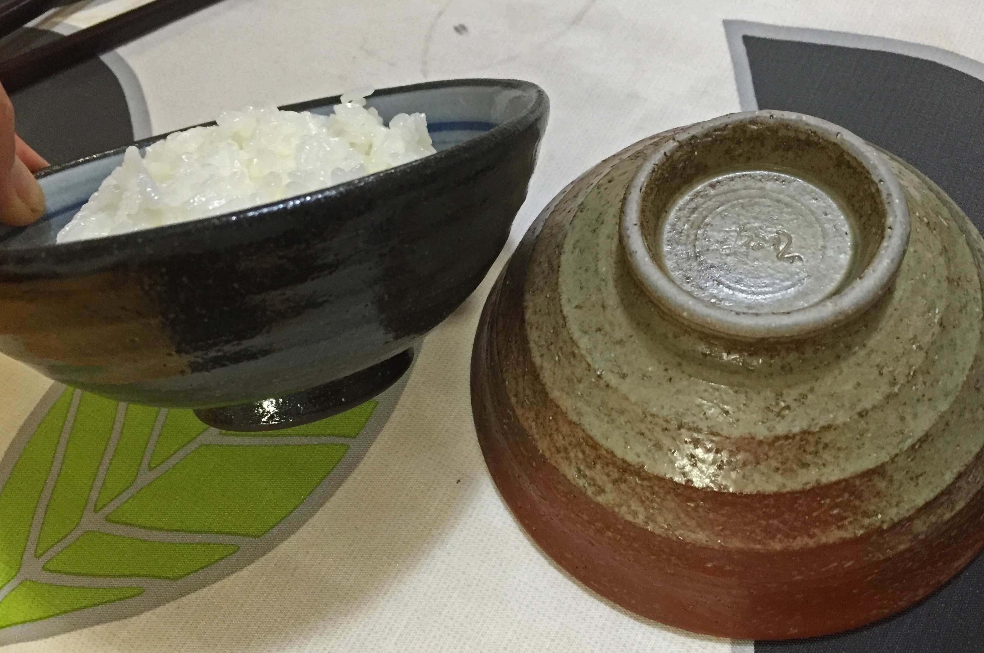 白州米炊いた茶碗