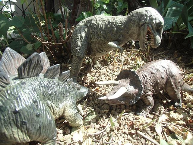 たのしい恐竜公園