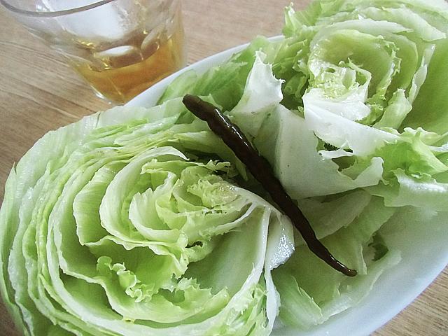 レタス丸ごとサラダ