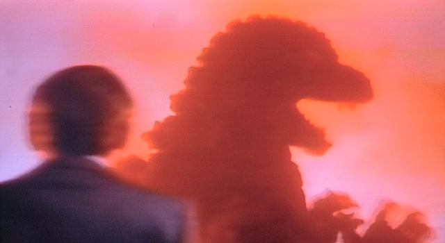 7-火山に飲まれる巨体