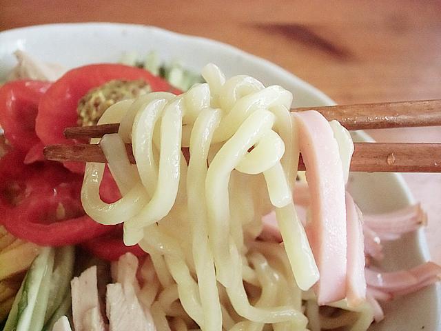 太麺のボリューム