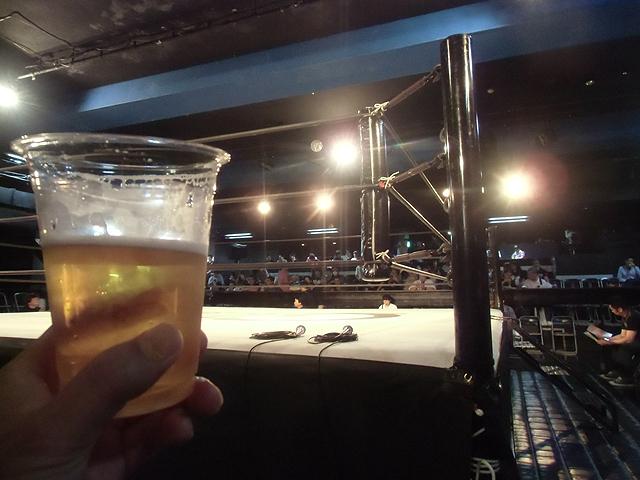 リングでビール