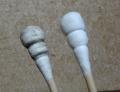線路クリーニングキット付属の綿棒、左が使用後