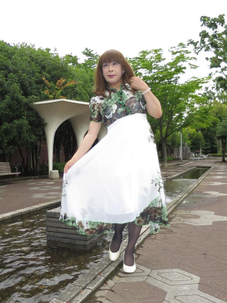 緑花柄シフォンドレスA(2)