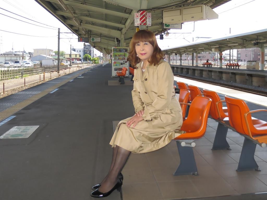 スプリングコート駅にてB(2)
