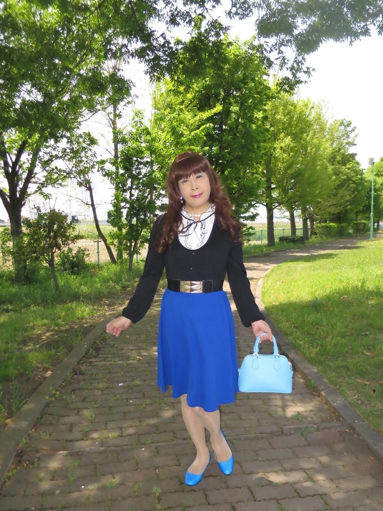 黒トップ青フレアA(1)