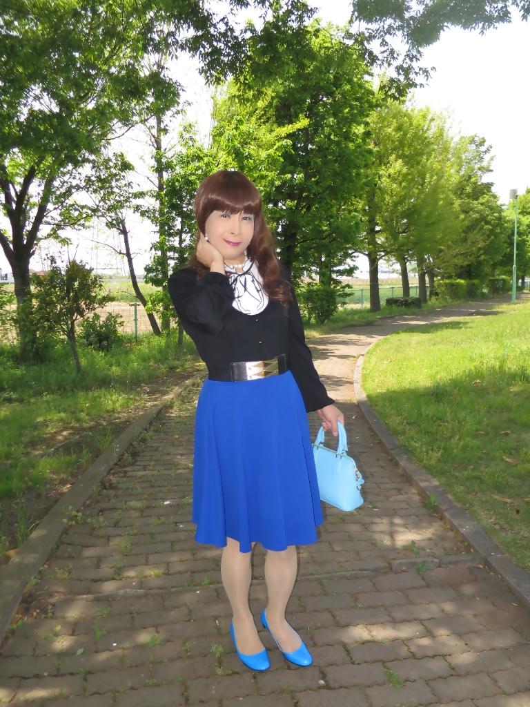 黒トップ青フレアA(3)