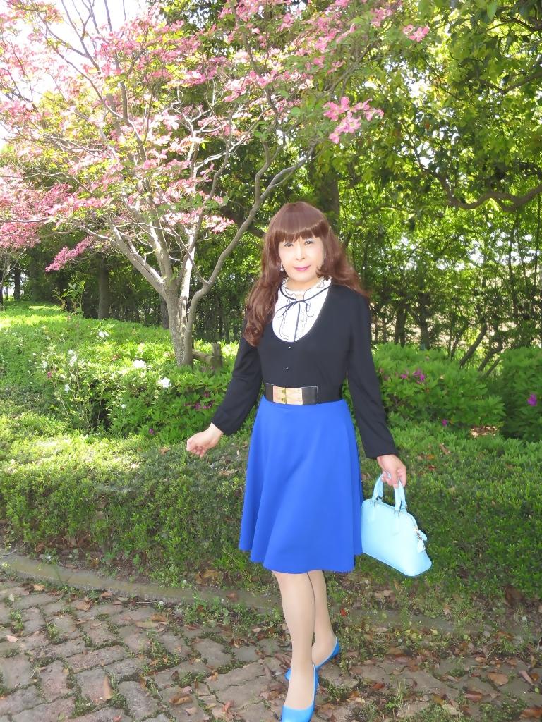 黒トップ青フレアA(5)