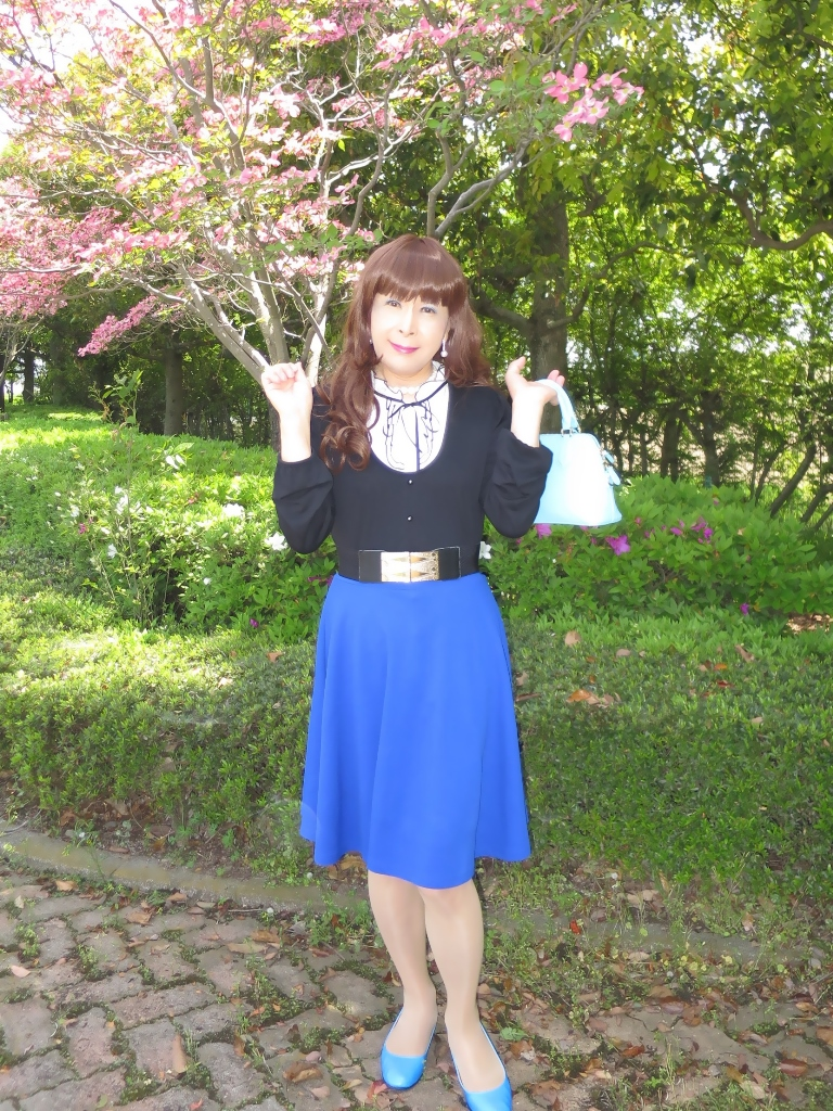 黒トップ青フレアA(7)