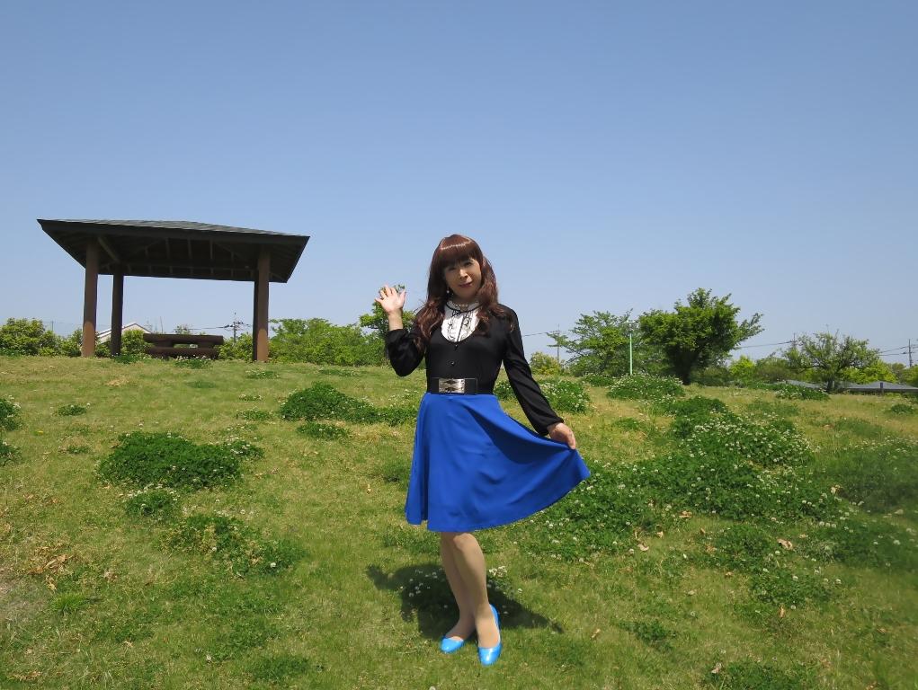 黒トップ青フレアB(1)