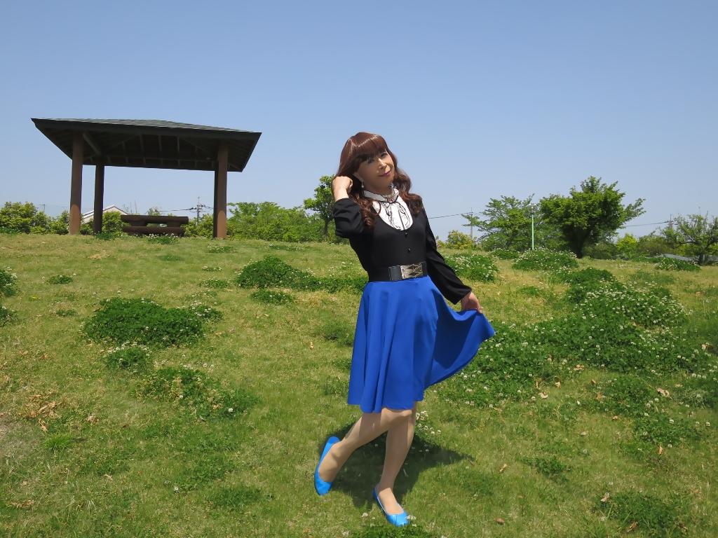 黒トップ青フレアB(2)