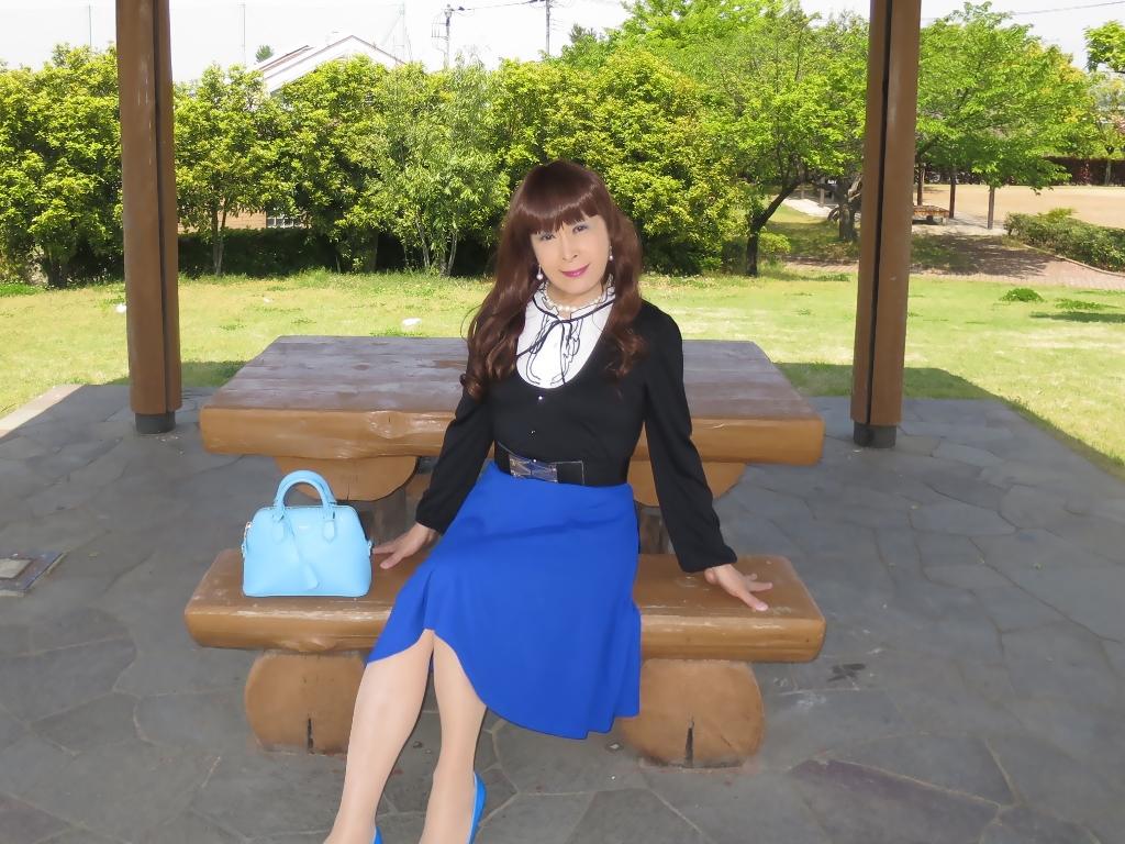 黒トップ青フレアC(7)