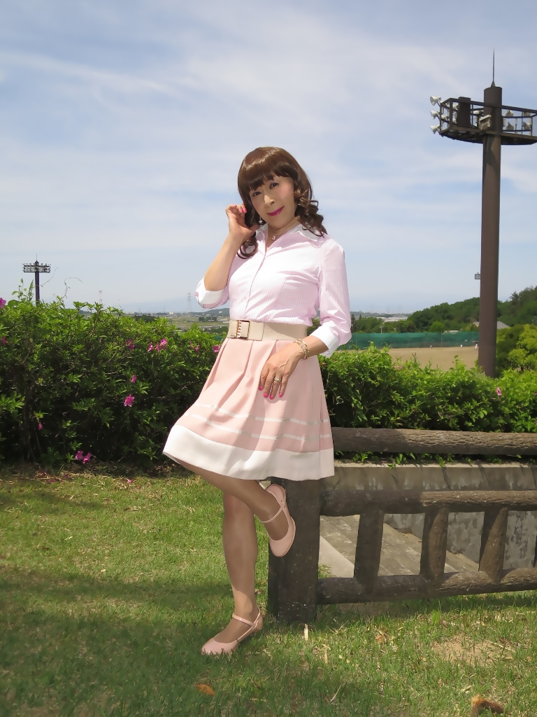 ピンクシャツスカートB(2)