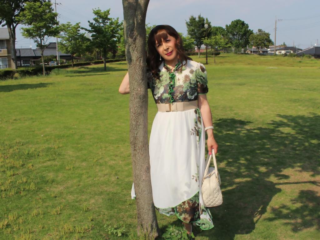 緑花柄シフォンロングワンピA(2)