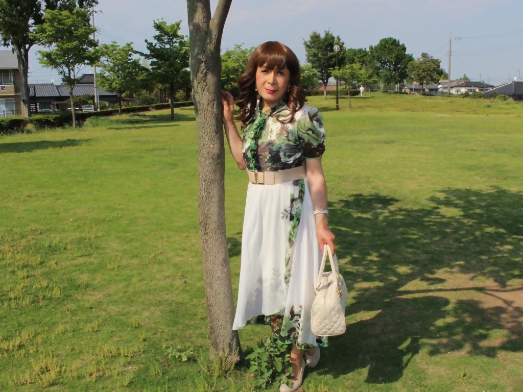 緑花柄シフォンロングワンピA(1)