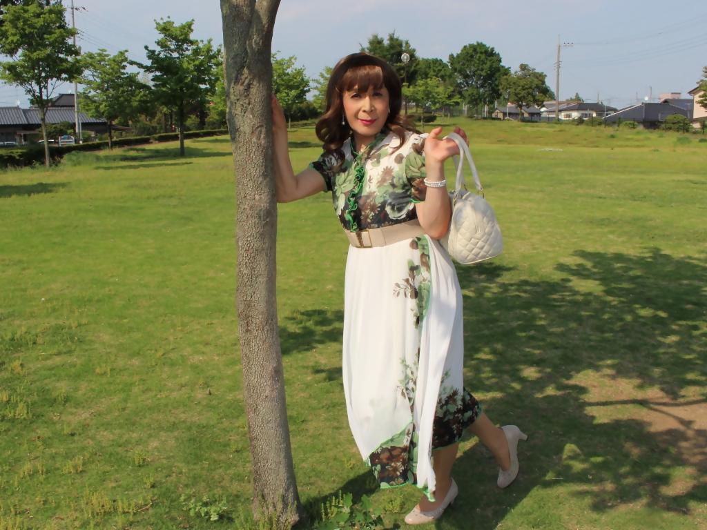 緑花柄シフォンロングワンピA(3)