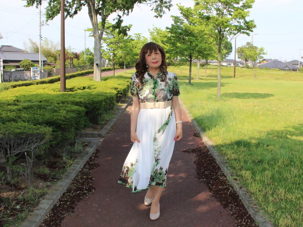 緑花柄シフォンロングワンピA(4)