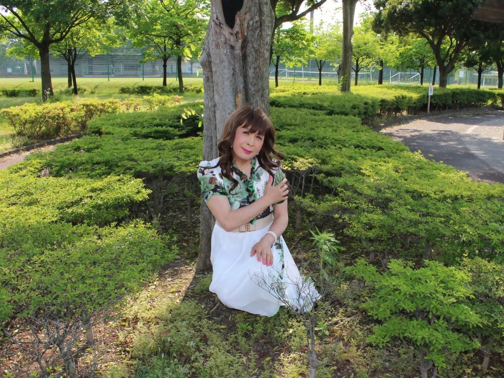 緑花柄シフォンロングワンピB(3)